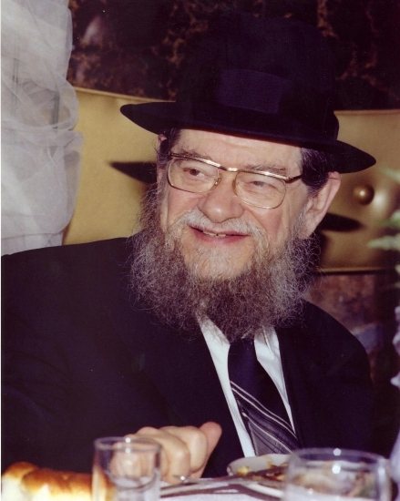 Picture of Rabbi Mordechai Gifter.