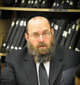 Picture of Rabbi Tzvi Berkowitz.