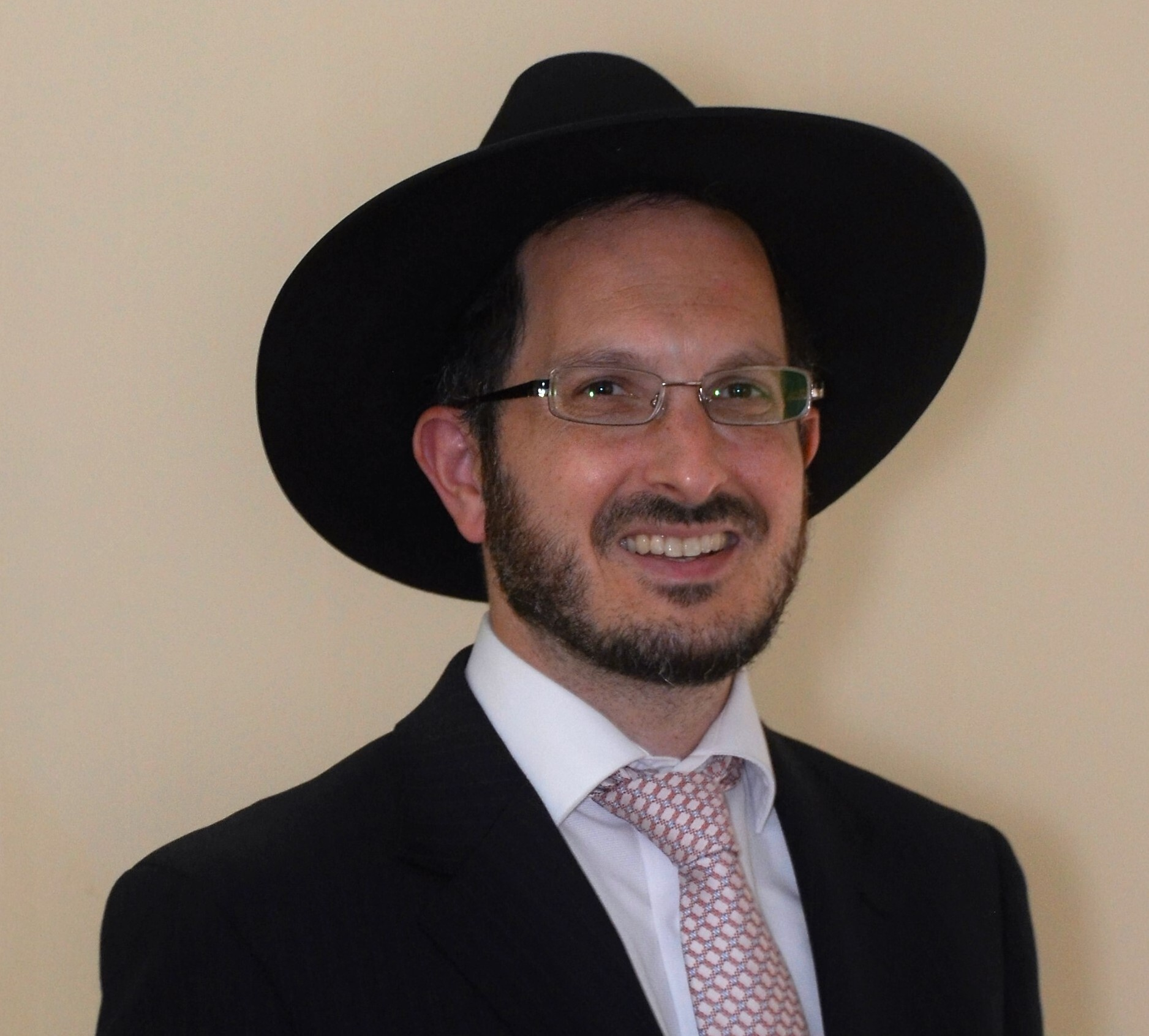 Picture of Rabbi Mordechai Rhine.