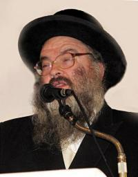 Picture of Rabbi Chaim Halpern.