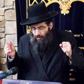 Picture of Rabbi Tzvi Meir Zilberberg.